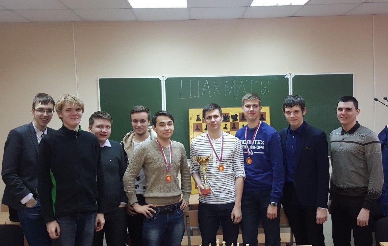 Насыщенные выходные: шахматный клуб СПбПУ провел внутривузовский турнир