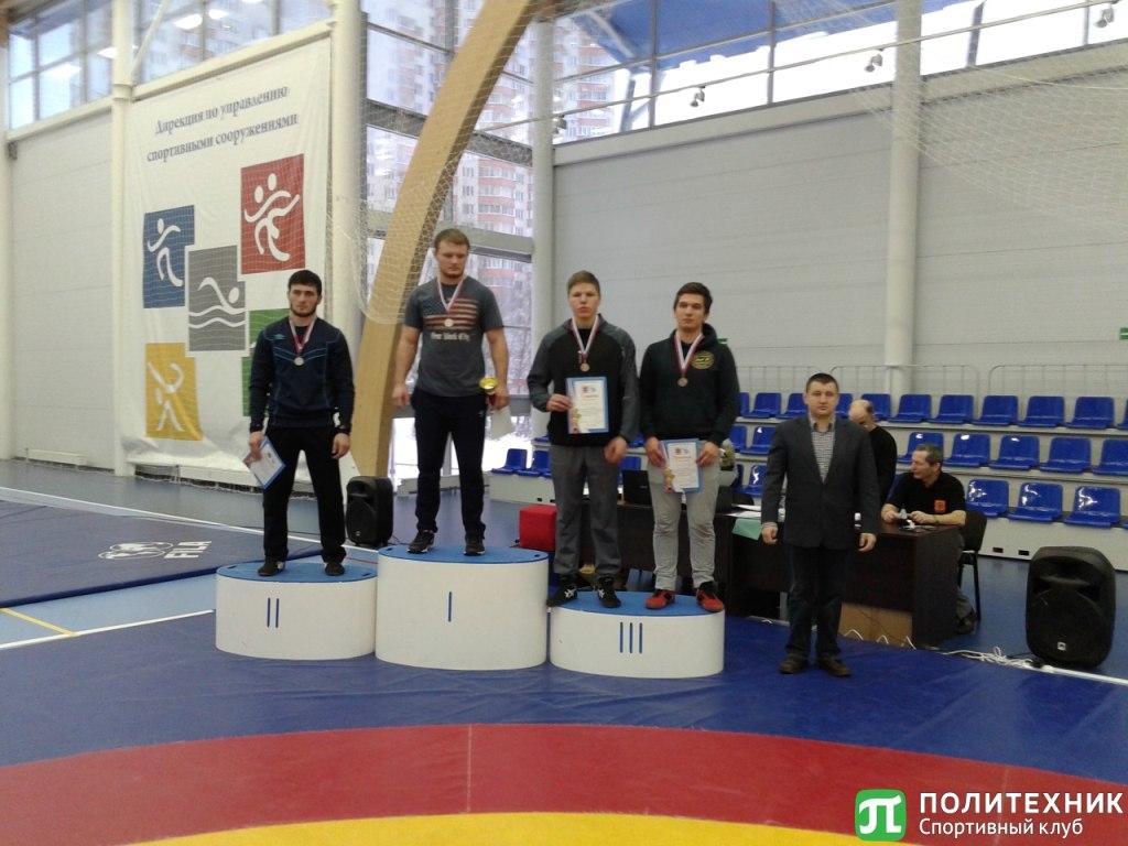Сборная по греко-римской борьбе завоевала бронзу на первенстве ВУЗов Санкт-Петербурга